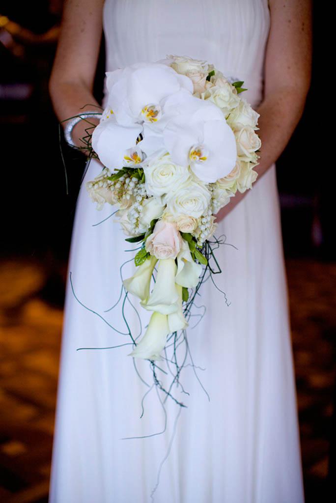 Weddings from Jodi McDonald - Mondo Floral Designs   534 x 800 jpeg 229kB
