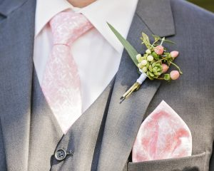 For the boys! Buttonhole wedding flowers