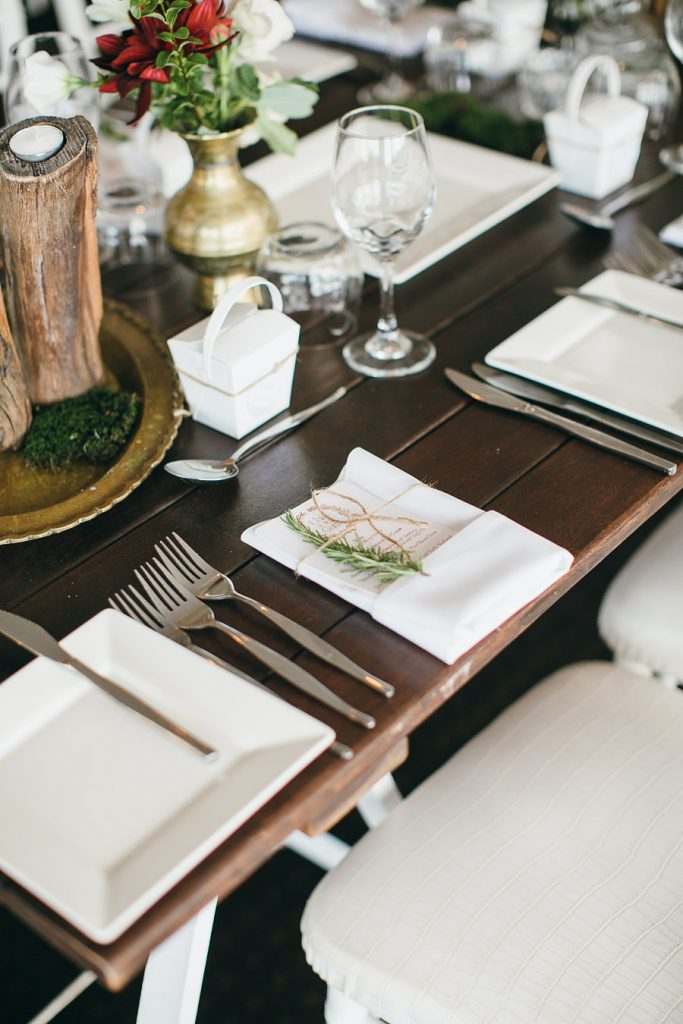 Rosemary napkin placements