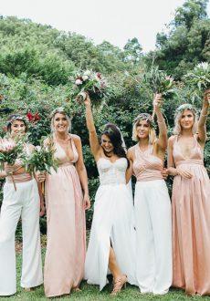 Bohemian rustic wedding bouquets