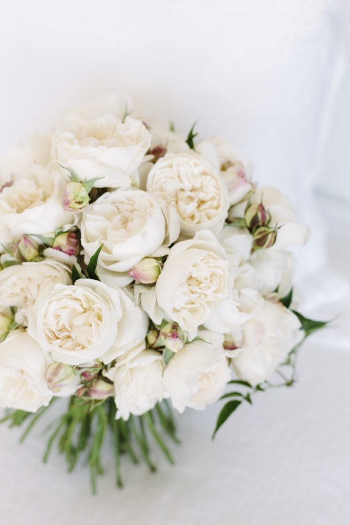 White David Austin rose bouquet
