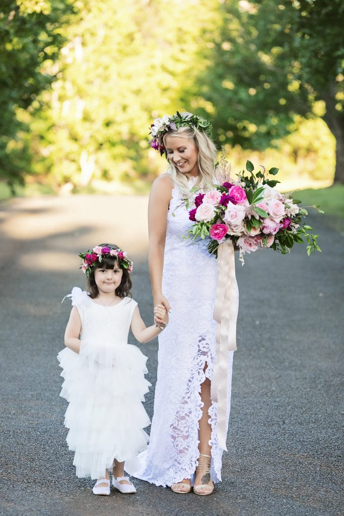 Flower crowns in pink tones