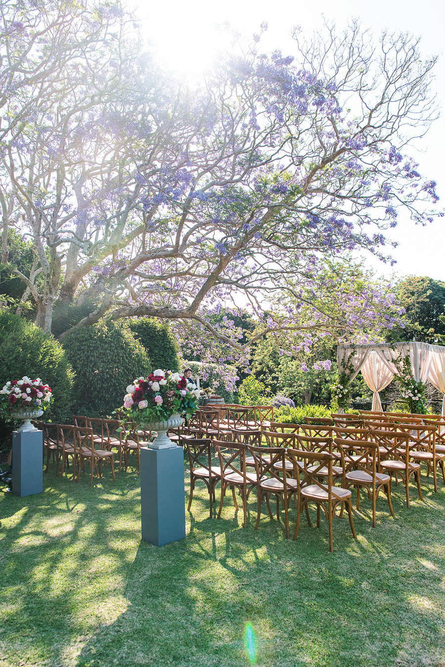 Large ceremony pedestal designs in rich tones