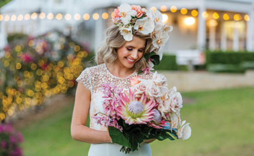 Mondo Floral Designs - Hair Blooms