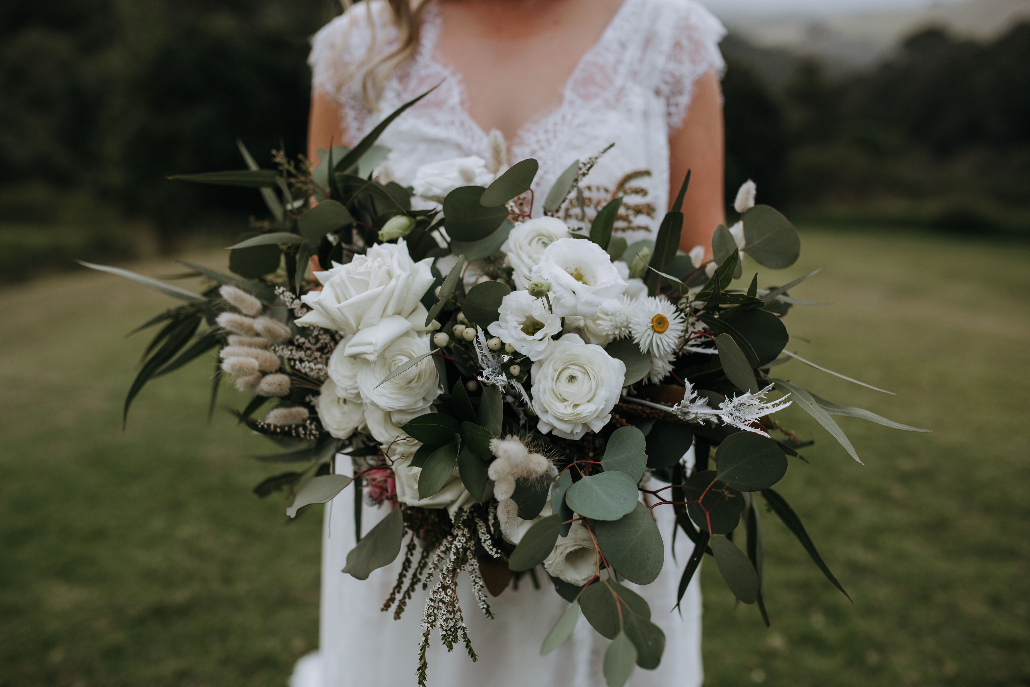 Bohemian bridal bouquets with rustic foliages