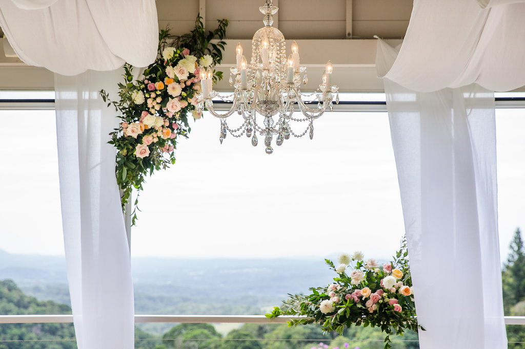 Ceremony floral feature