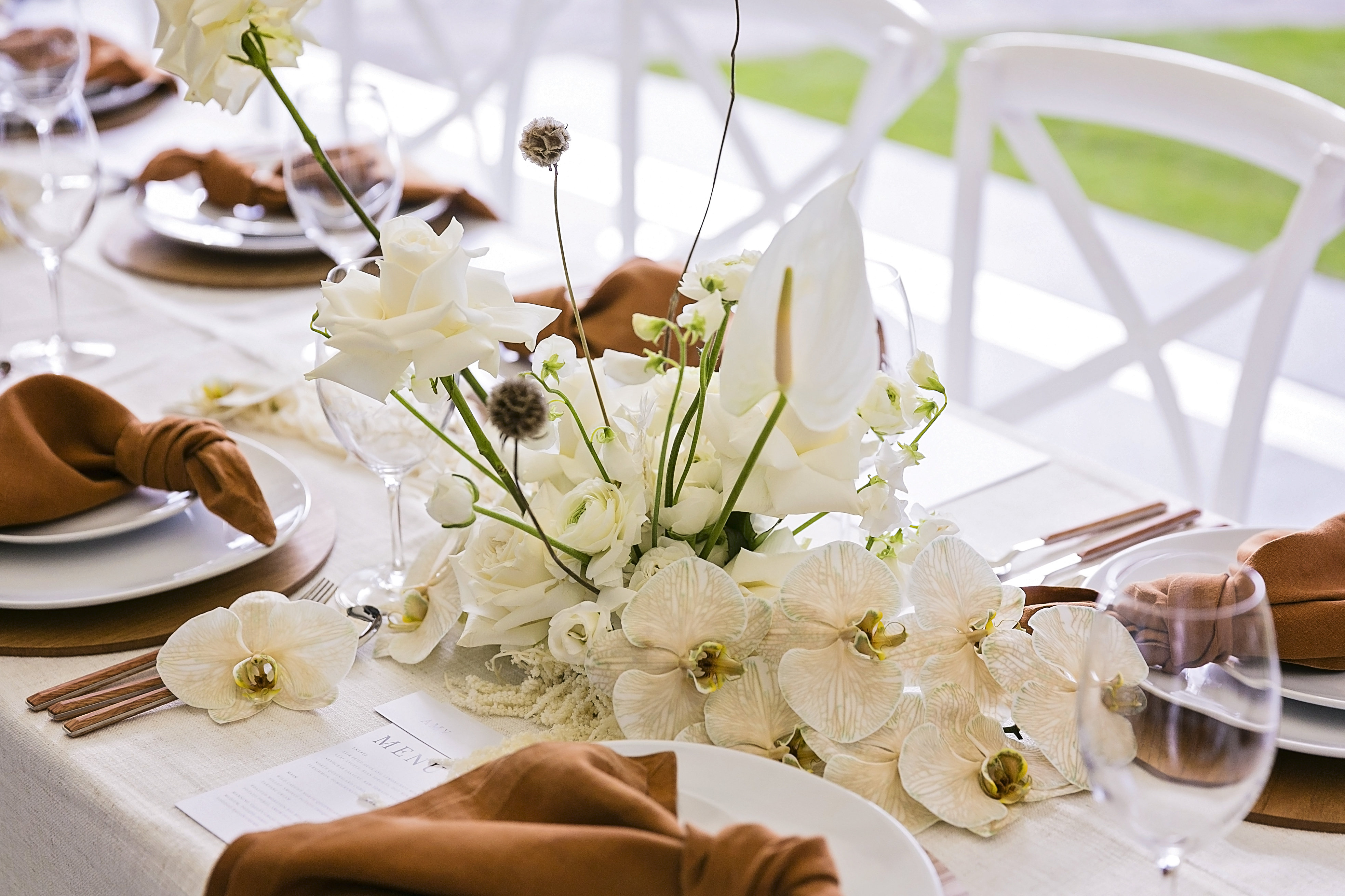 Contemporary Inspired Wedding Blooms with Cotton and Dried Leaves