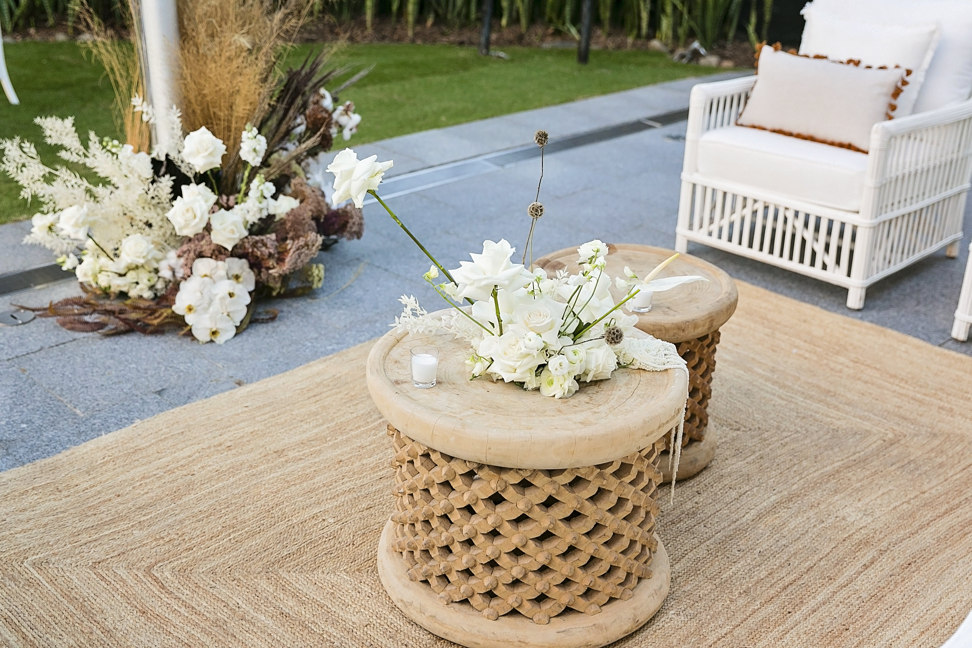 Modern Coastal Bloom Style with Phalaenopsis Orchids and White Roses