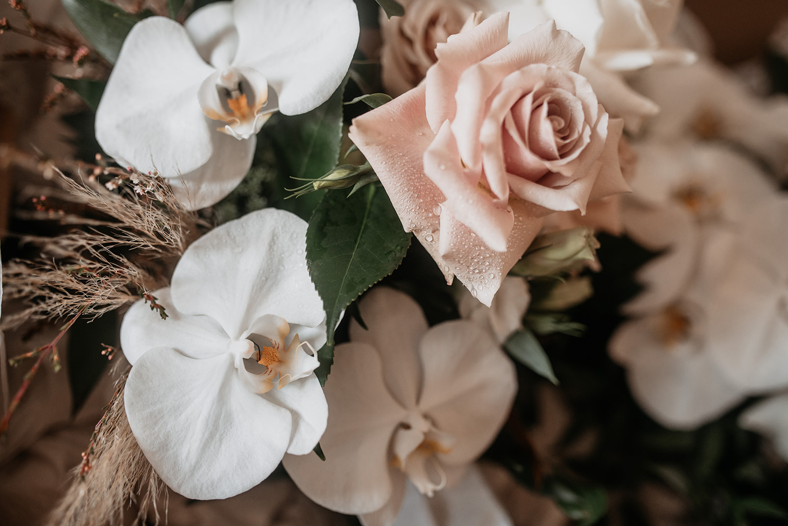 Coastal Chic Blooms in all Whites and Antique Pinks Tones
