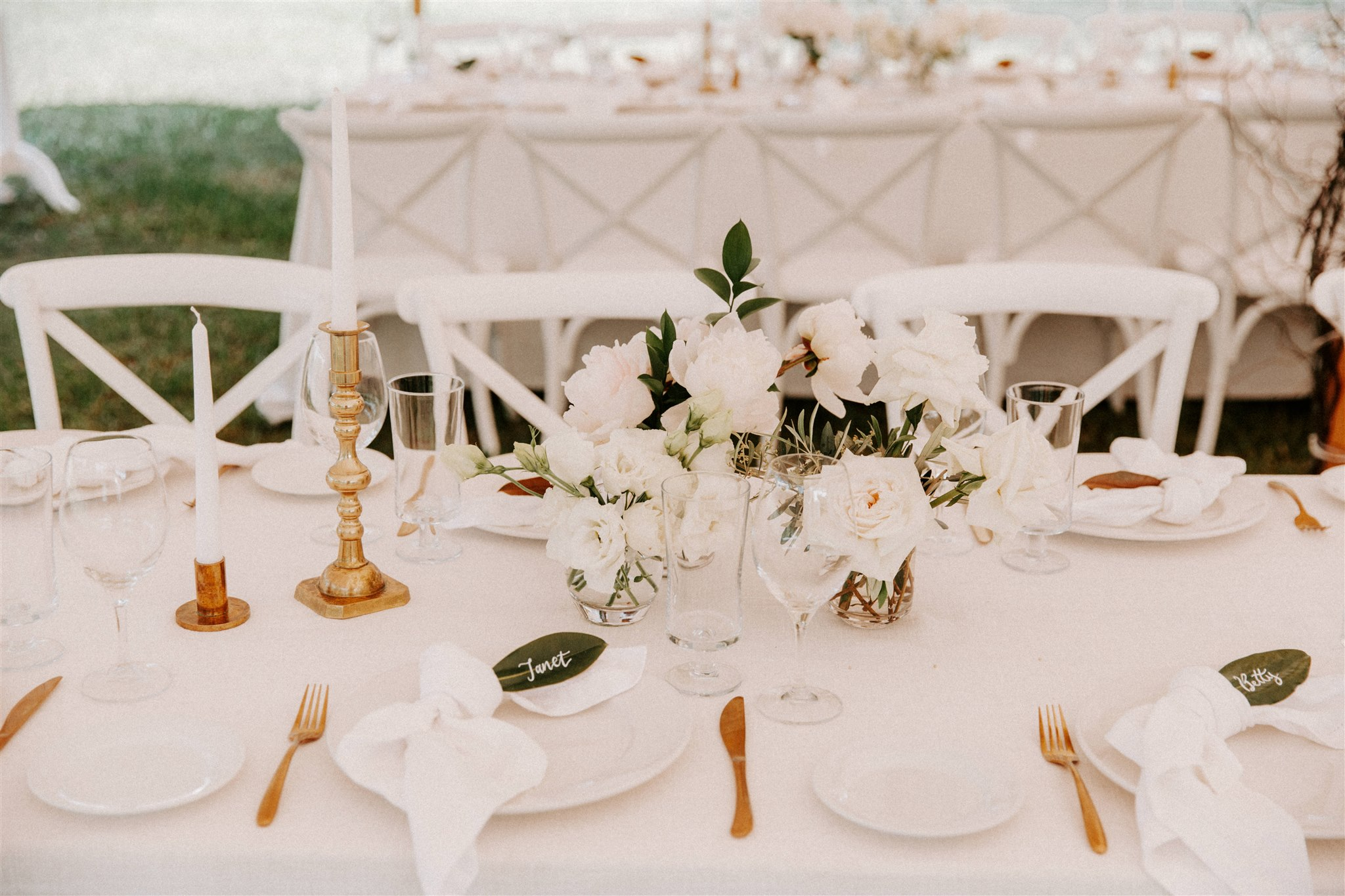 Contemporary white wedding flower reception