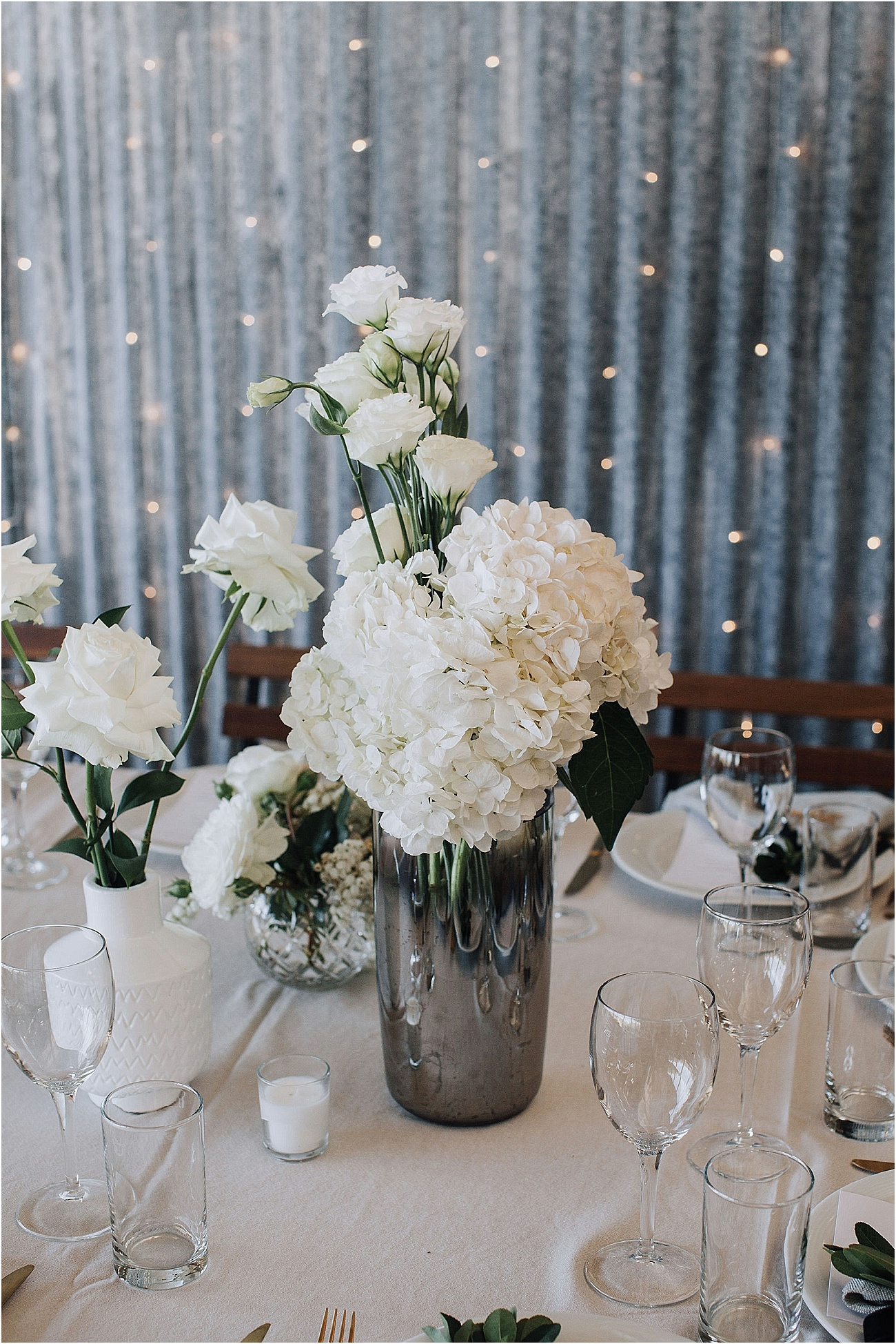 Sophisticated white wedding flowers