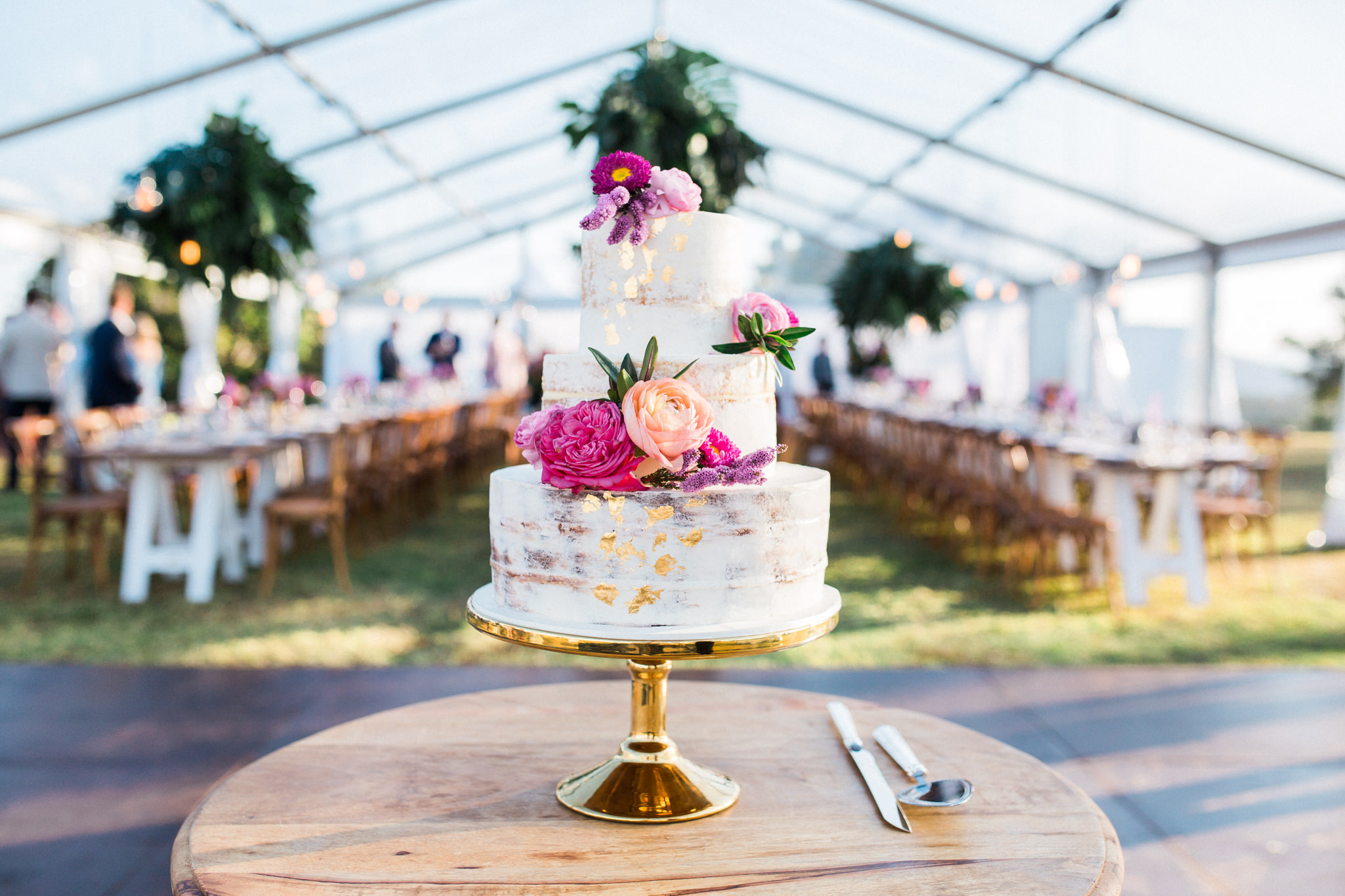 Wedding cake floral feature