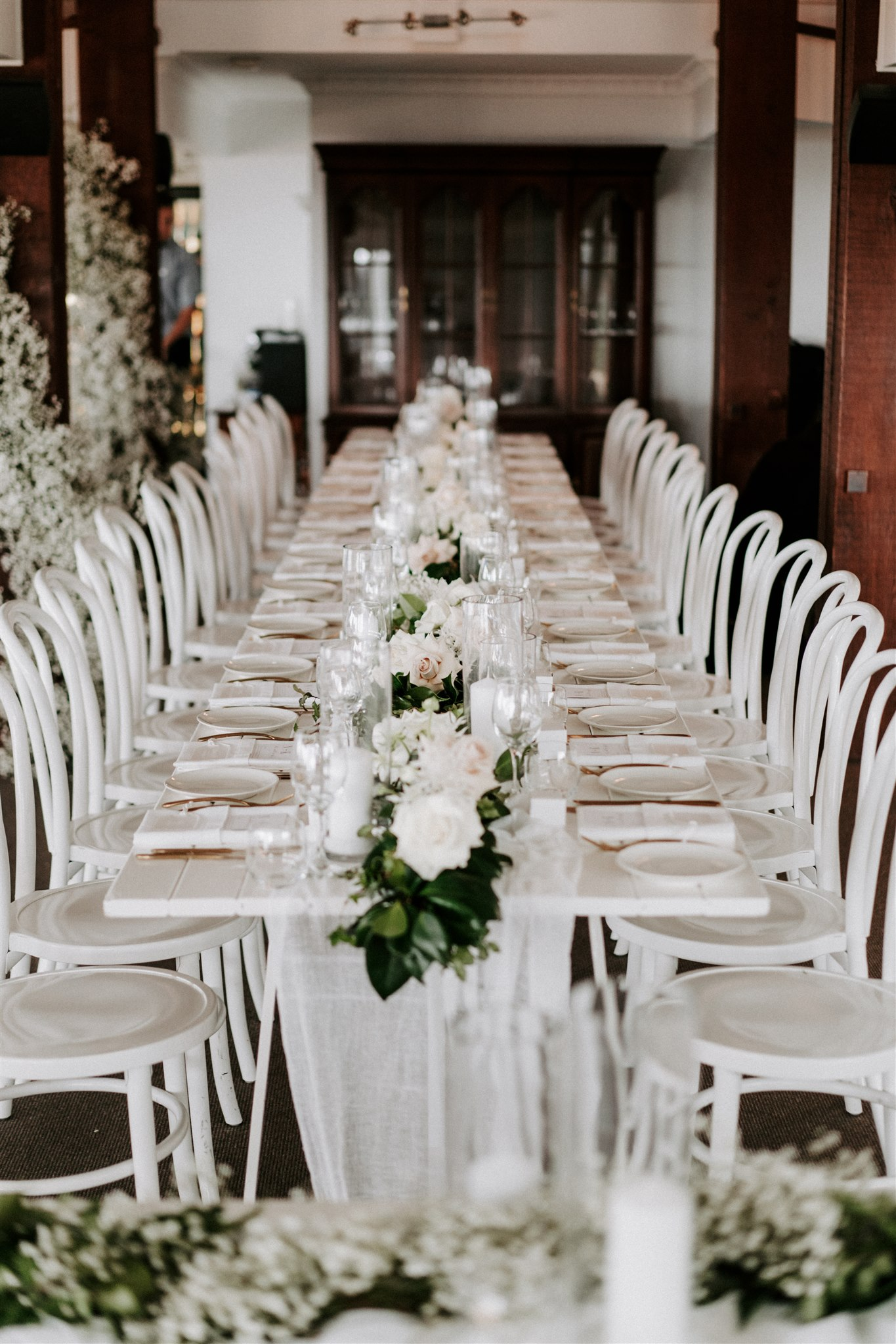 Baby's Breath With Preserved Flowers Modern Wedding