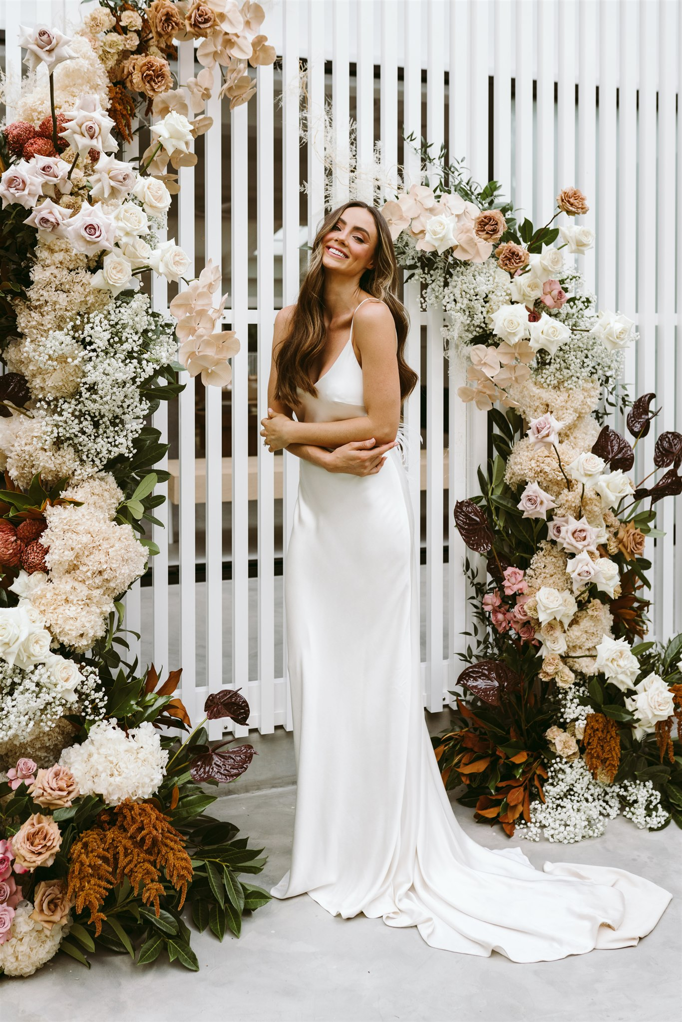 Noa Vogue Styled Shoot with flowers by Mondo Floral Designs