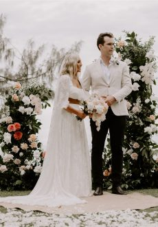 Noosa wedding flowers