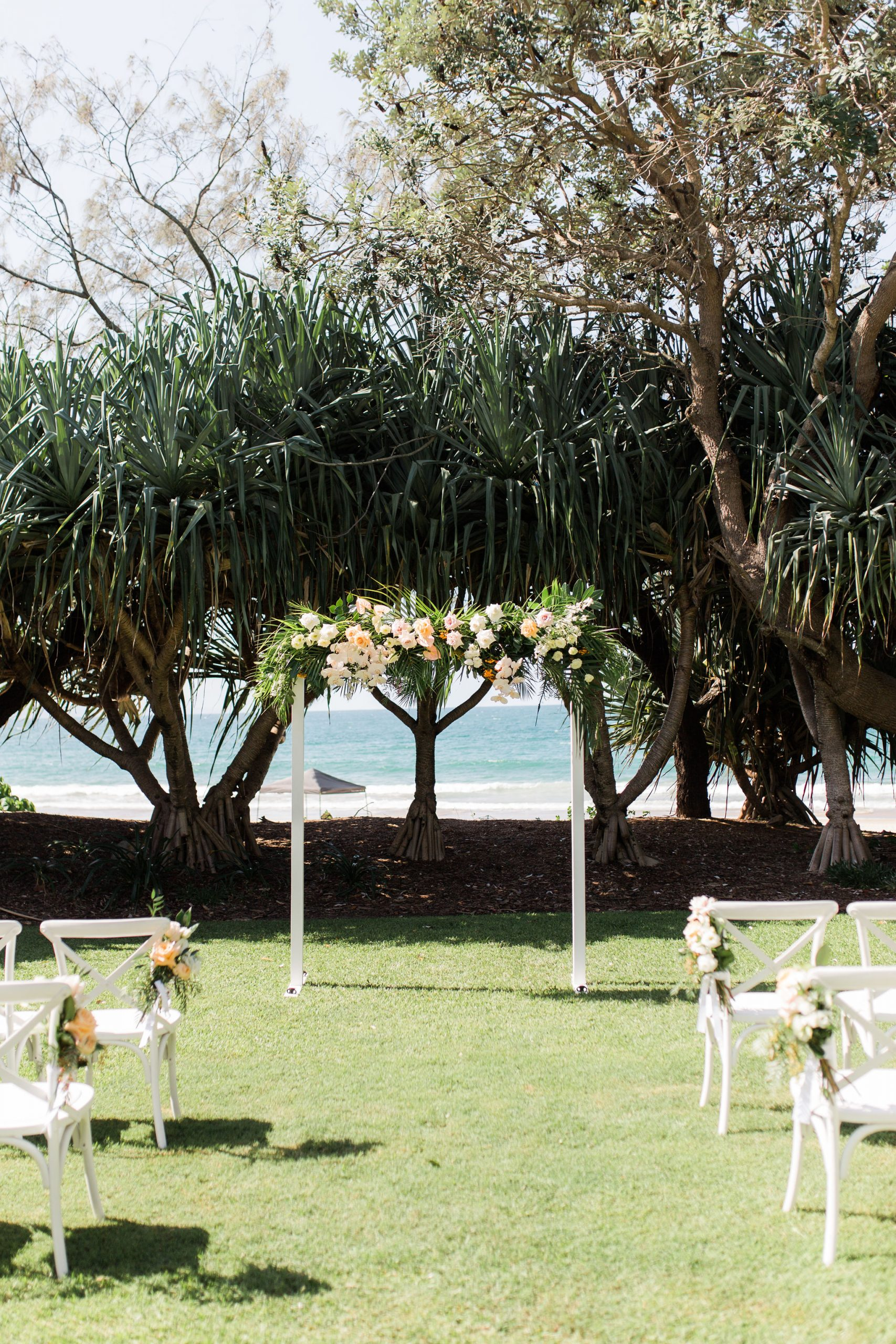 Noosa beachfront wedding