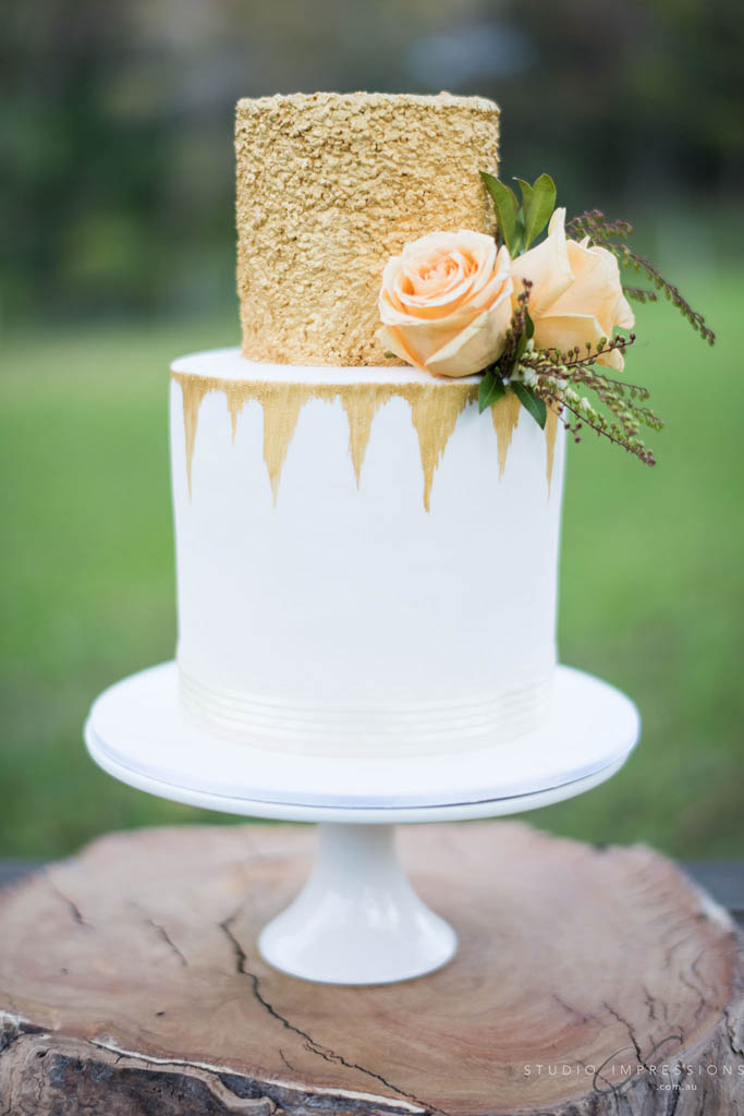 Wedding Cake Flowers - Mondo Floral Designs
