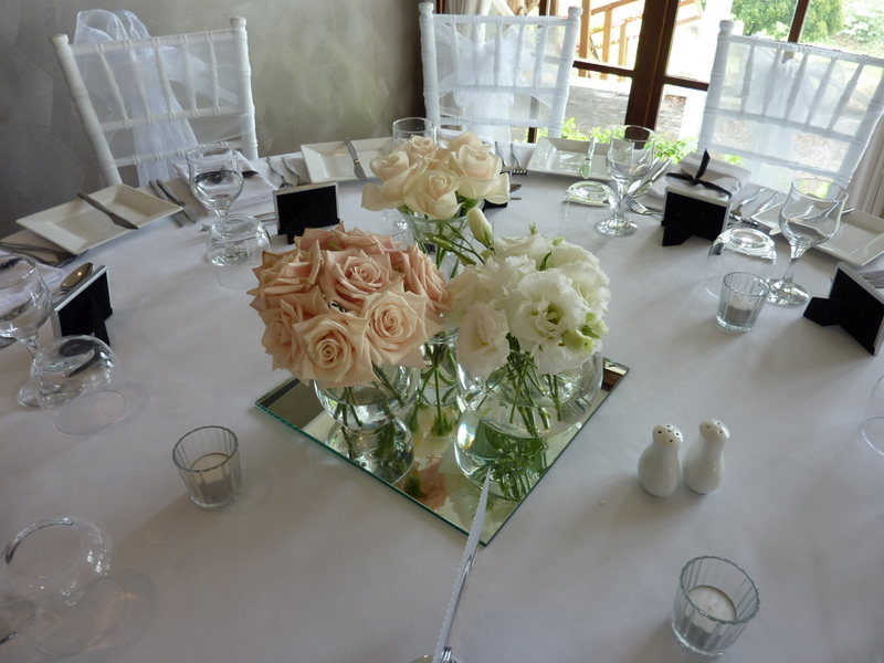 Reception Designs Mondo Floral Designs