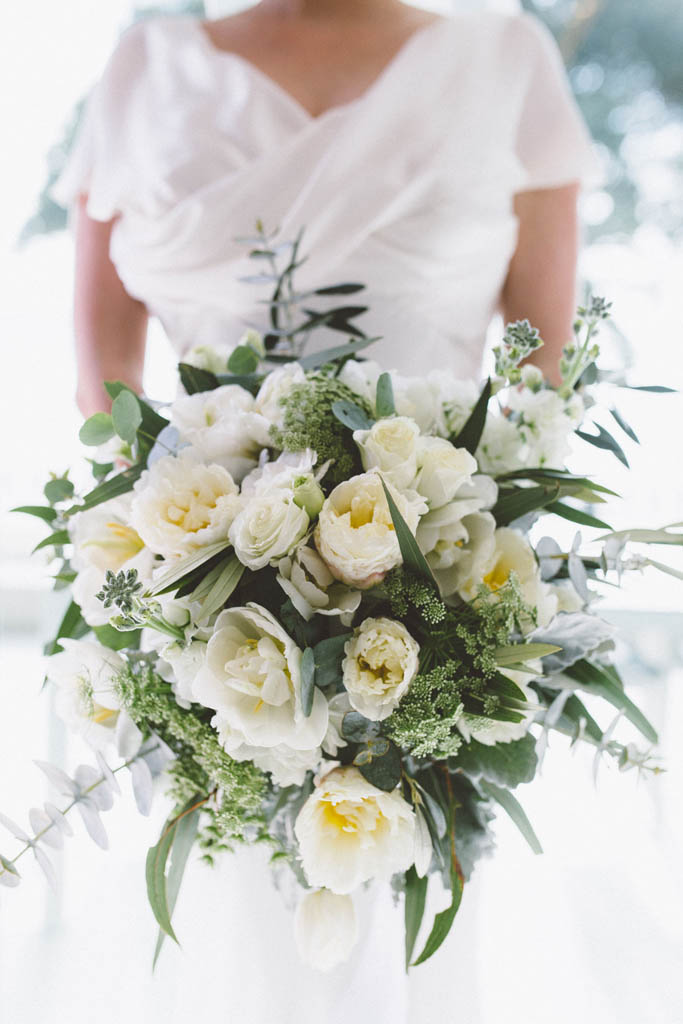 Winter Wedding Flowers Guide